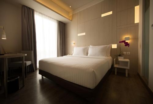 The Celecton Hotel Jababeka In Cikarang From 19 Trabber Hotels