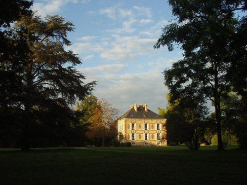 Kasteel-overnachting met je hond in Château des Bouffards - Brinon-sur-Sauldre