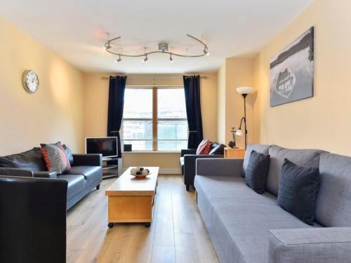 Barbican Apartment Sleeps 4 WiFi