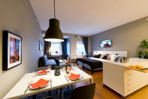 . Optimal Apartments Skärholmen