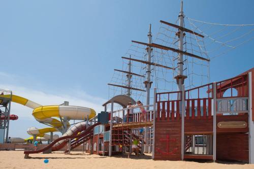 Louis Phaethon Beach