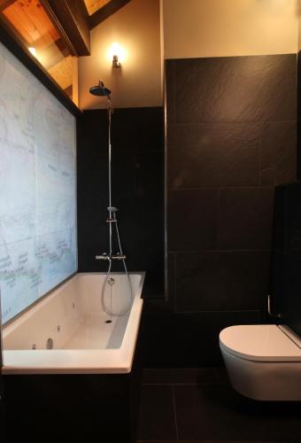 Habitación Doble con bañera de hidromasaje Hotel La Neu 14