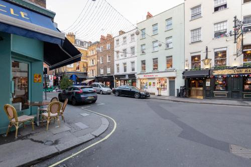 Picture of Mayfair 2 Bedroom Apartment With Roof Terrace