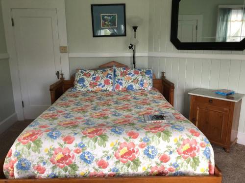 Old Hawaiian Bed and Breakfast - image 6