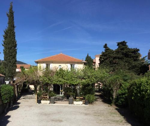 . Hotel le Castellamar