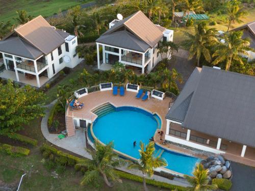 Dreamview Villas
