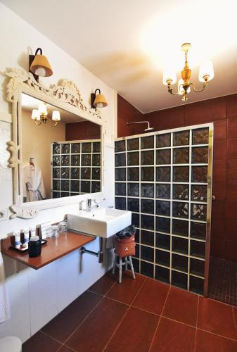 Superior Double Room Hotel Quinta de San Amaro 10