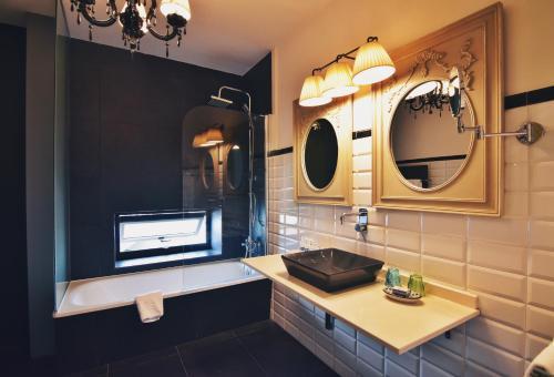 Habitación Doble Superior con terraza Hotel Quinta de San Amaro 14