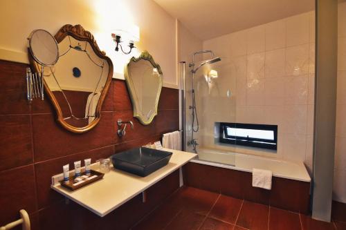 Habitación Doble Superior con terraza Hotel Quinta de San Amaro 10