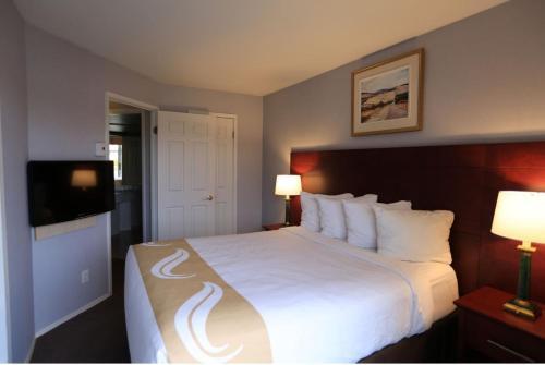 . Hotel Quality Suites