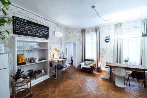 a SZOBA apartman, Pension in Pécs