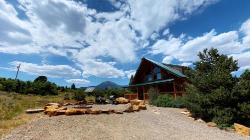 Canyon View Family Lodge
