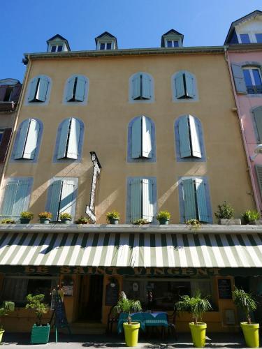 . Hôtel Saint Vincent