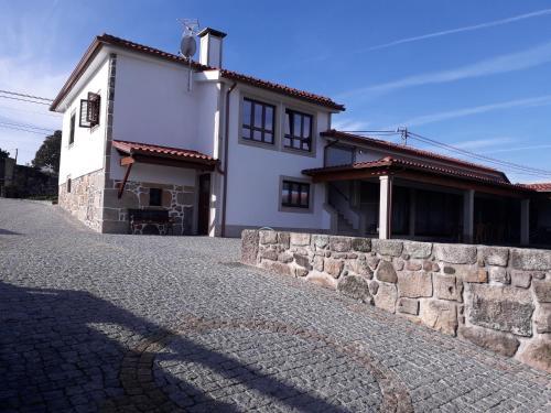 Casa De S. Sebastião - Photo 7 of 9