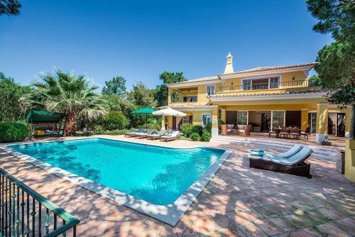 Quinta Do Lago Villa Sleeps 8 Pool Air Con T480398