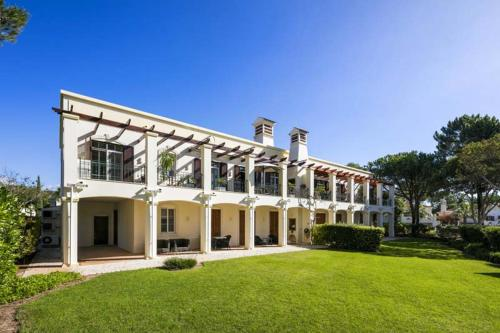 . Quinta do Lago Apartment Sleeps 4 Air Con T607991