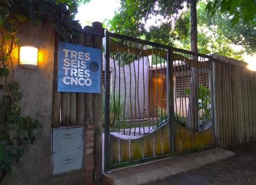 TRES SEIS TRES CNCO BED & BREAKFAST