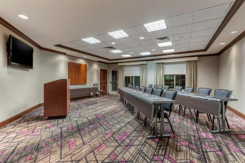 Residence Inn Columbus - Columbus, IN 47201