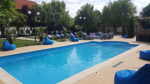 Dream Party Villa - Accommodation - Bucharest