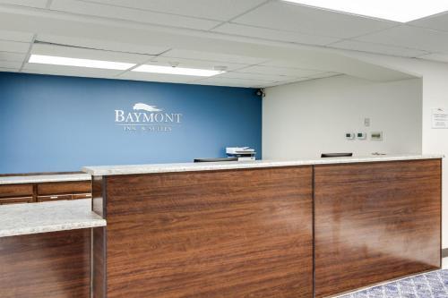 Baymont by Wyndham Spokane - Accommodation - Mount Spokane