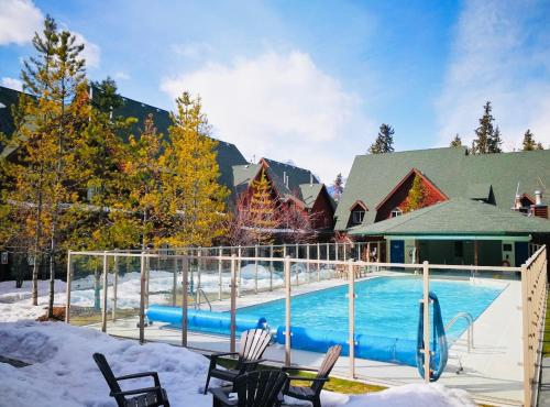 Canmore Kananaskis Townhouse - Canmore, AB T1W 2X2