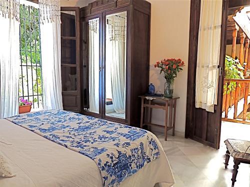 Double Room with Garden View Casa Palacio Carmen del Cobertizo 2