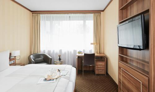 Living Hotel Düsseldorf By Derag In Düsseldorf From 59