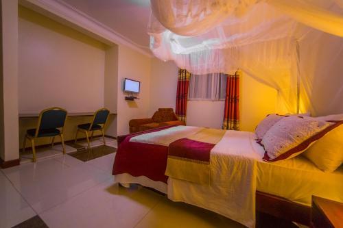 Hotel Royal Nest Entebbe