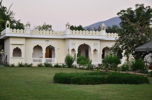 . Heli Pushkar