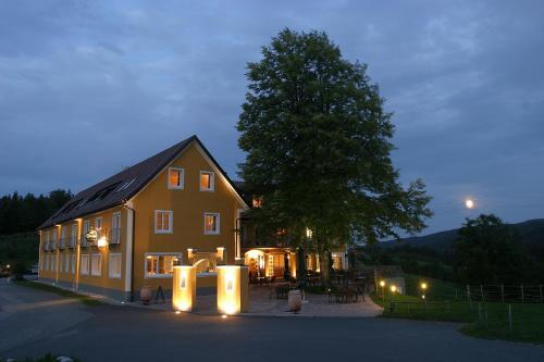 __{offers.Best_flights}__ Boutique-Hotel Moserhof