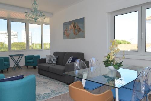 Cascais Riviera Apartments - Photo 4 of 24