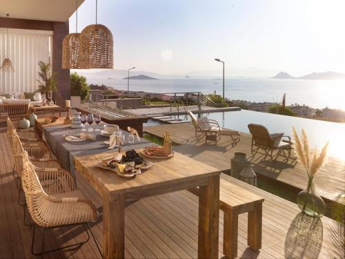 Turgutreis Turgutreis Villa Sleeps 12 Pool Air Con WiFi tatil
