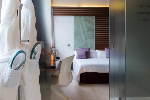 Suite Hotel Museu Llegendes de Girona 11