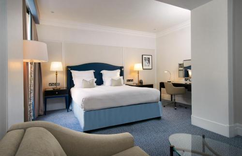 The Waldorf Hilton photo 24