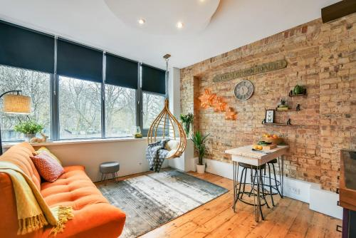 Cool Britannia Central Loft Apartment