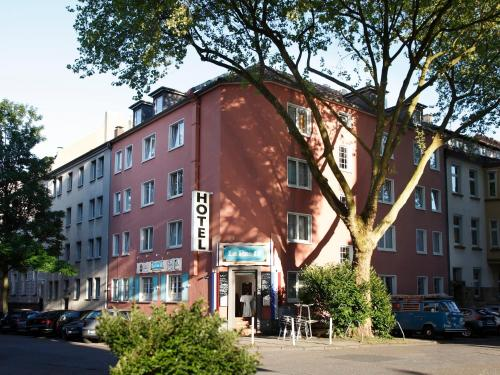 . Stadt-gut-Hotel Rheinischer Hof