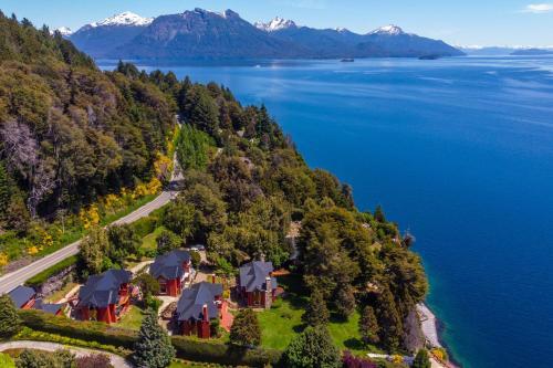 Costa Brava Apart Hotel - Accommodation - San Carlos de Bariloche