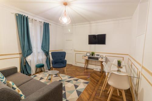 . Private Apartments - Champs-Elysées