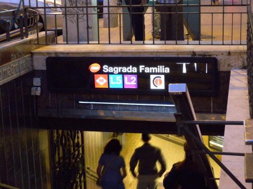 Charming Apartment Near Sagrada Familia photo 28