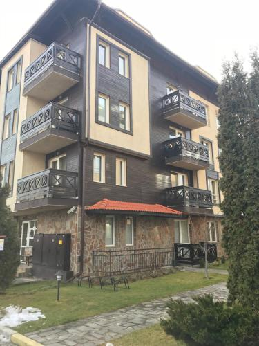 Private Two-Bedroom Apartment at Bojurland Complex Bansko