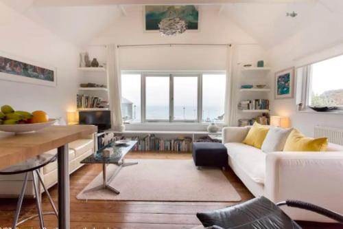 Seaview Penthouse On The Beach, St Ives, Cornwall