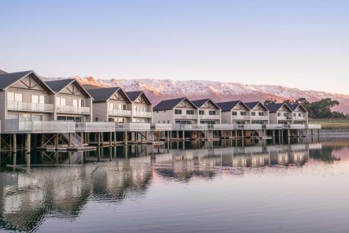 The Lake Resort   Heritage Collection