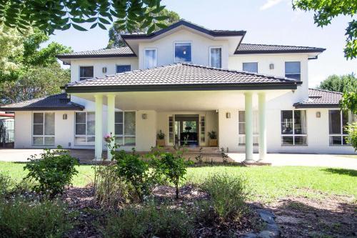 . Mudgee Country Grandeur Home by Your Innkeeper Mudgee