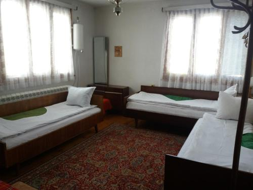 Guest House Ahp - Photo 6 of 72