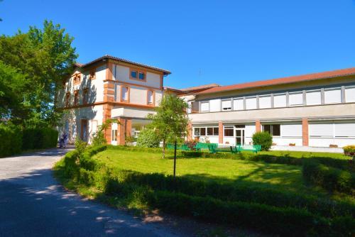 Centre Louis Ormières - Hôtel - Montauban