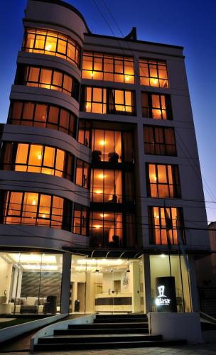 HotelAdara Hotel