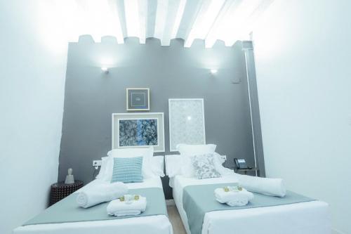 Habitación cuádruple Hotel Boutique Alicante Palacete S.XVII Adults Only 9