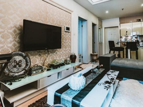 . Sylvia Apartment