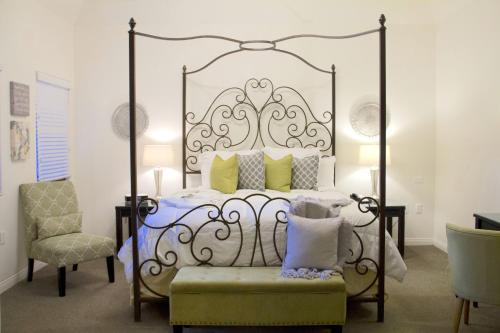 Andreas Hotel & Spa - Palm Springs, CA CA 92262