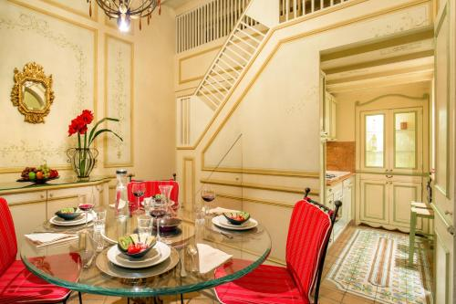 The Inn at the Spanish Steps-Small Luxury Hotels photo 170